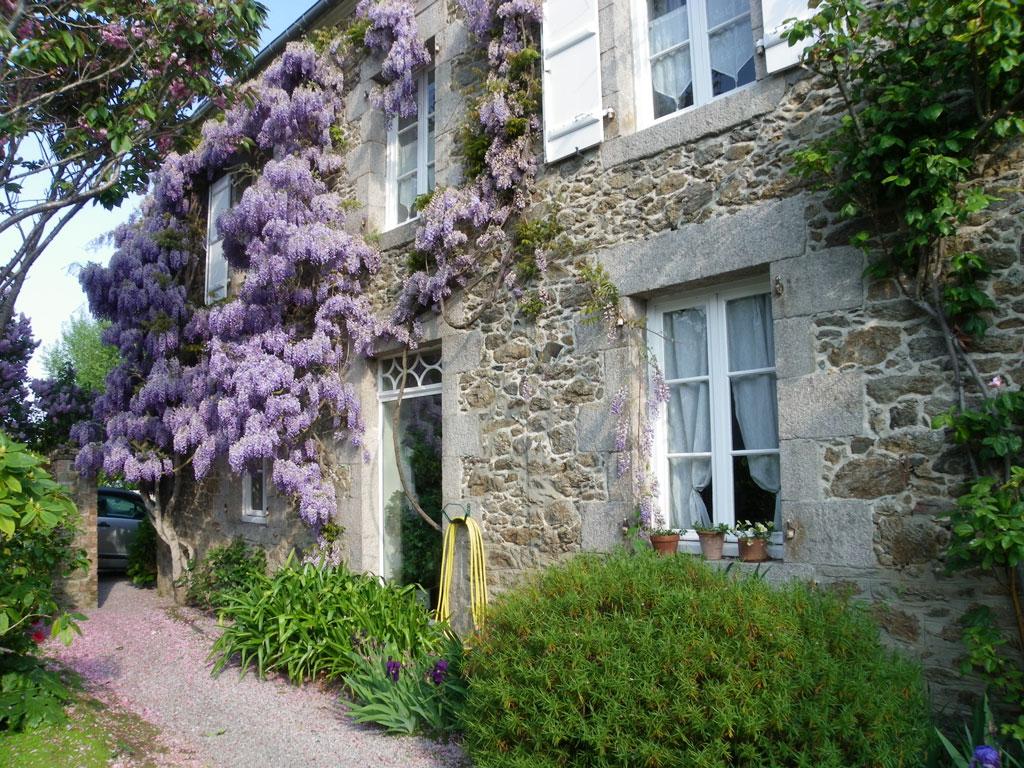 Maison De Maitre De  M C B Habitable A Vendre Sur Dinard